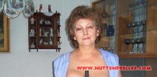 Oma Nutte kommt zum nacktputzen